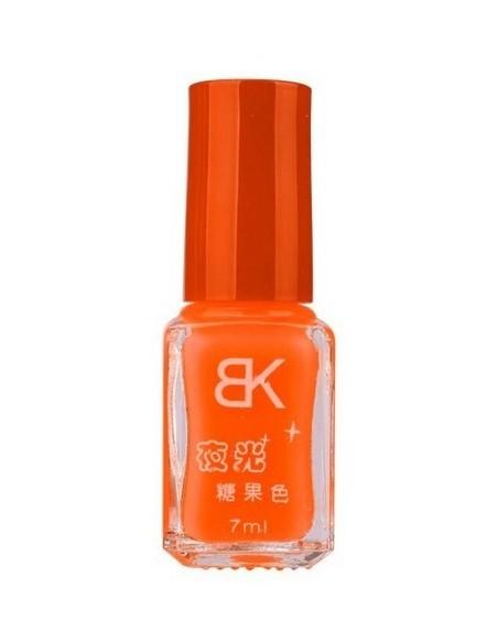 Esmalte de uñas fluorescente