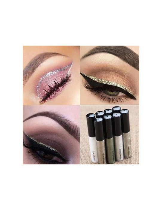 Eyeliner impermeable y líquido.
